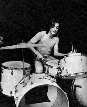 dave_on_drums2