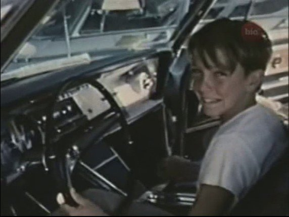 young-david_in-the-car